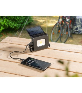 Mobile solar charger 1